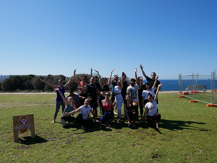 Handstand Workshop By The Ocean image