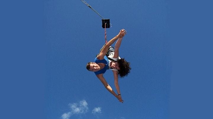 Bungee-Jumping in Berlin, Samstag 04.09.2021: Bild