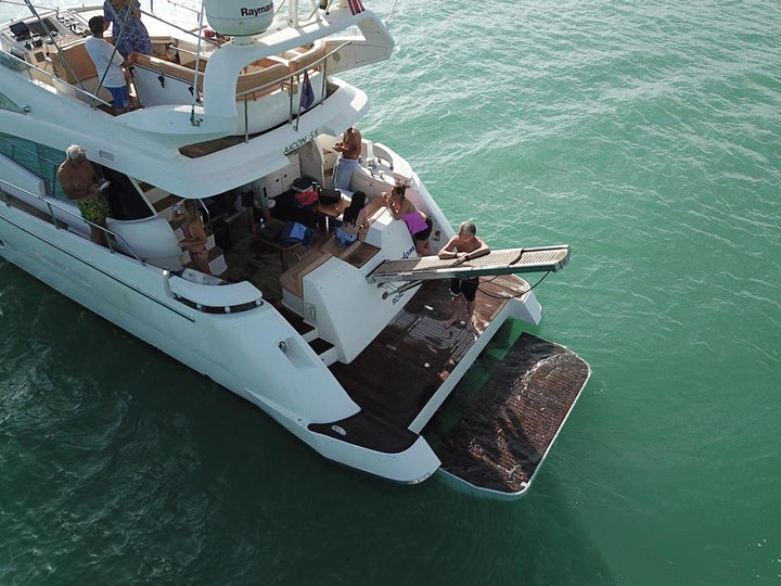 Yacht for rent in Miami image