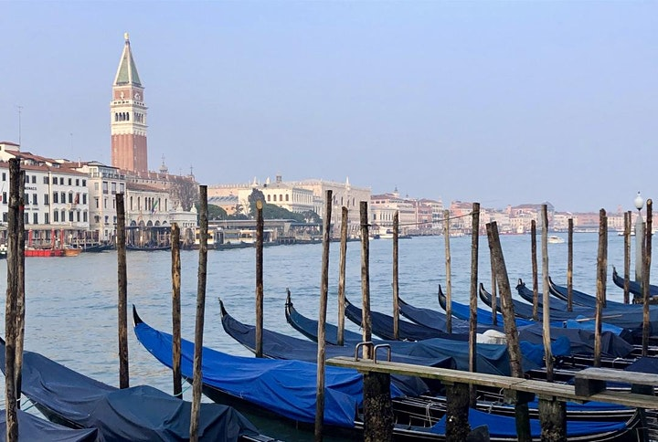 Anna visits Venice... a tour of this magical city image