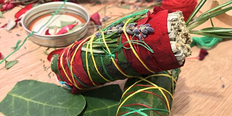 Wrapping Sage Bundles with fresh and dry herbs boletos