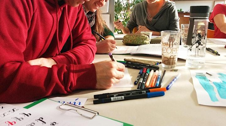 Brush-Lettering und wie es funktioniert! - Wien: Bild