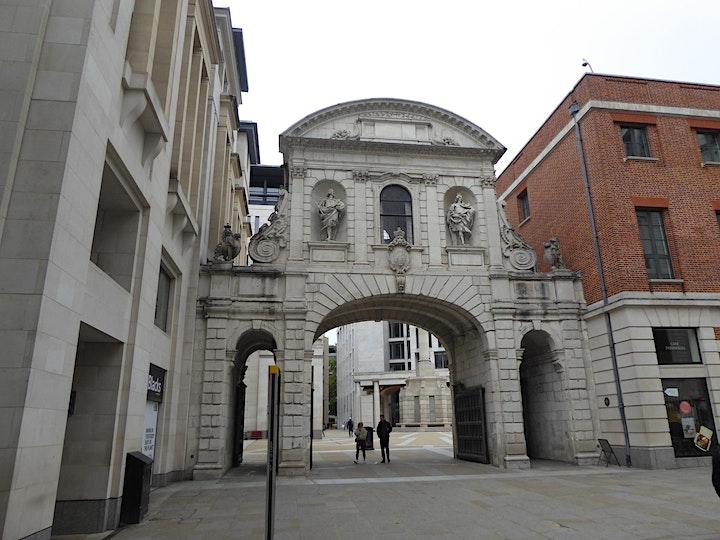 Virtual Tour - Between two Bars: Strolling along Fleet Street image