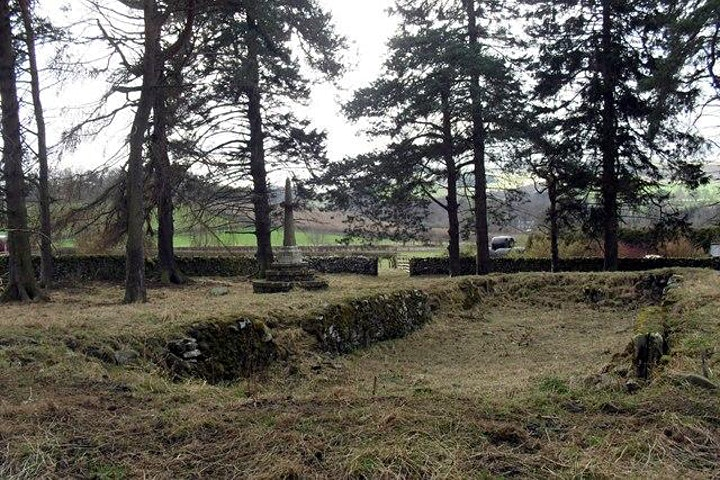Lindean Kirk and Cauldshiels Fort with 'Discover S image