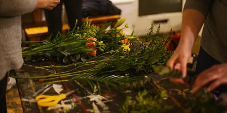 FLOWER CLUB - Spring Table Centre Arrangement tickets