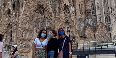 Walking tour barrio Sagrada Familia tickets
