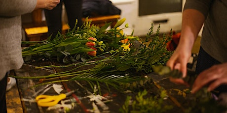 FLOWER CLUB - Autumnal table centre (great with gourds!) tickets