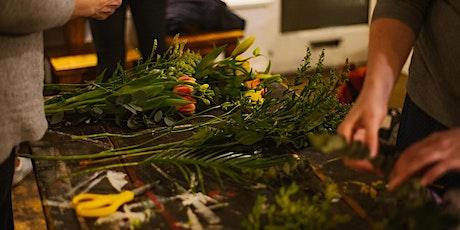 FLOWER CLUB - Autumnal Vase Arrangement tickets