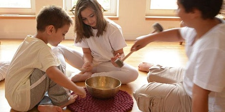 "Online Workshop ""Singing Bowls - Playing and Learning using all Senses"" tickets"
