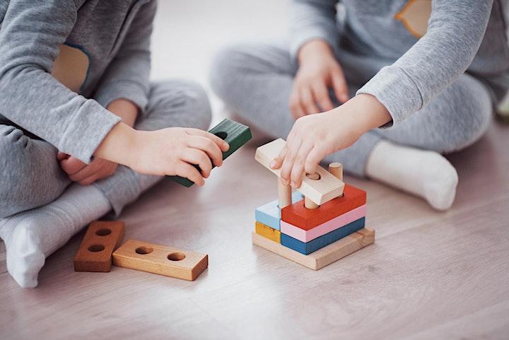 Immagine Inventare Giocattoli - attività online per bambini e genitori