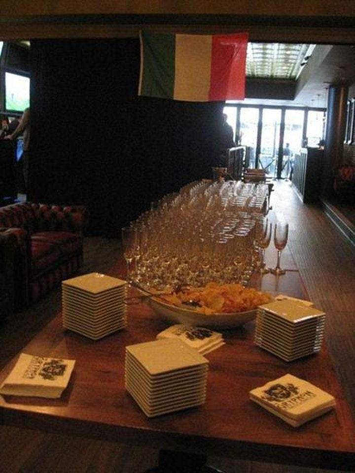 Champagne and Sparkling Wines Tasting Soirée [AT LOS CUATES] image