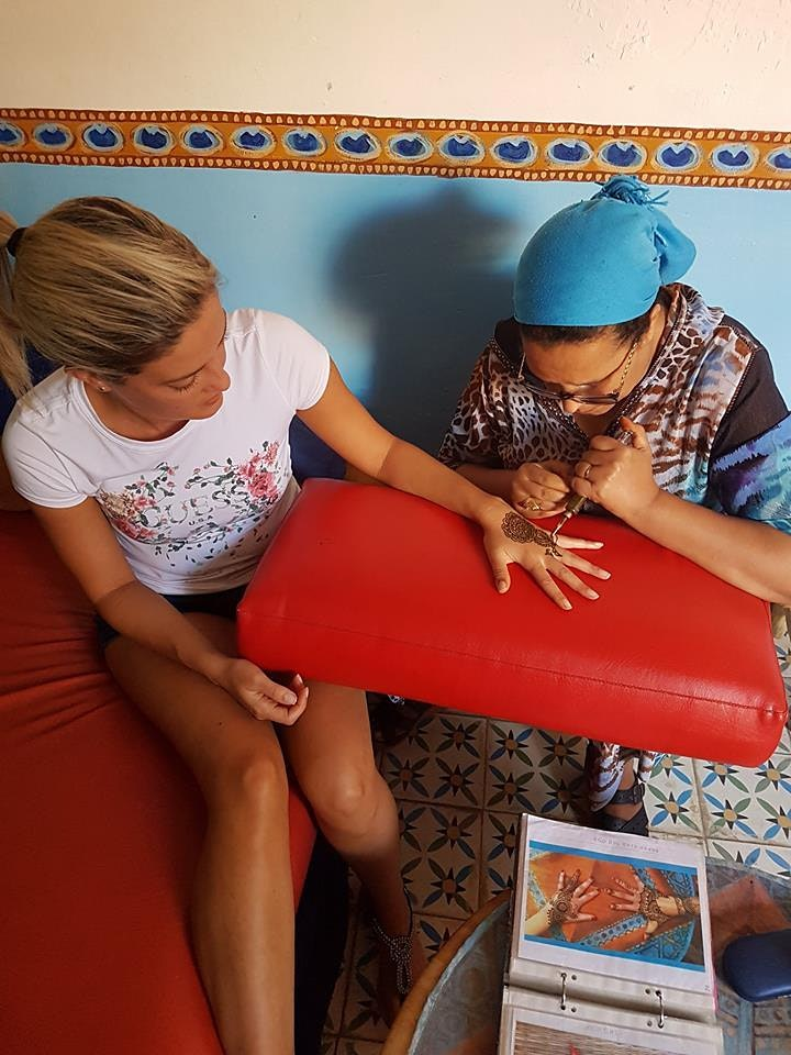 LIVE Virtual Tattoo Henna Experience in Marrakech image