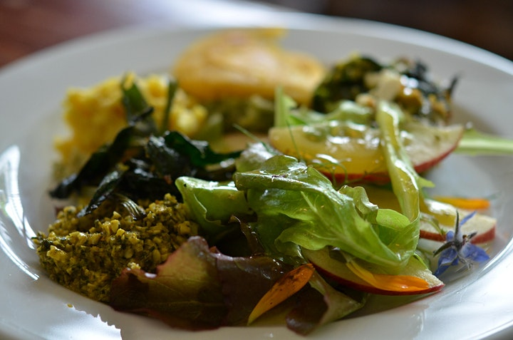 Forage and Feast: Healthy Eating Autumn image