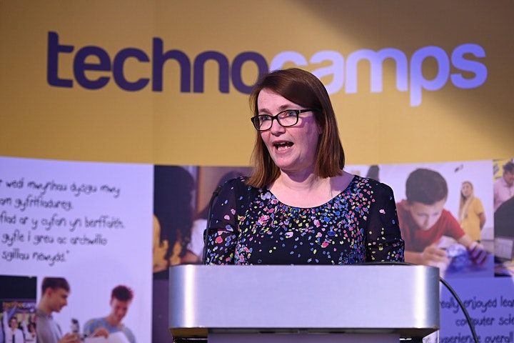 Technocamps IWD 2021 | Choosing to Challenge: Gender Equality in STEM image