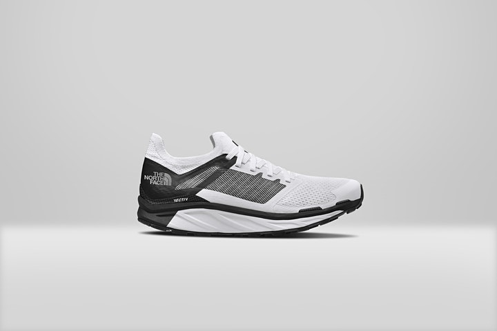 Immagine Vertical Sport - Vectiv Footwear Test