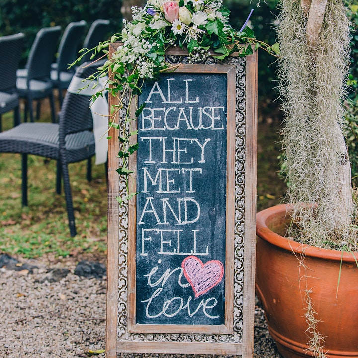 Something Green - Stylish virtual wedding fair image