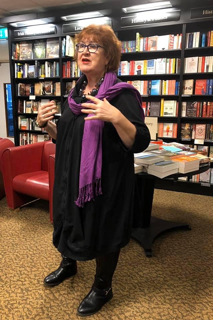 Women's Voices, Telling Stories, storytelling evening hosted by Liz Weir image