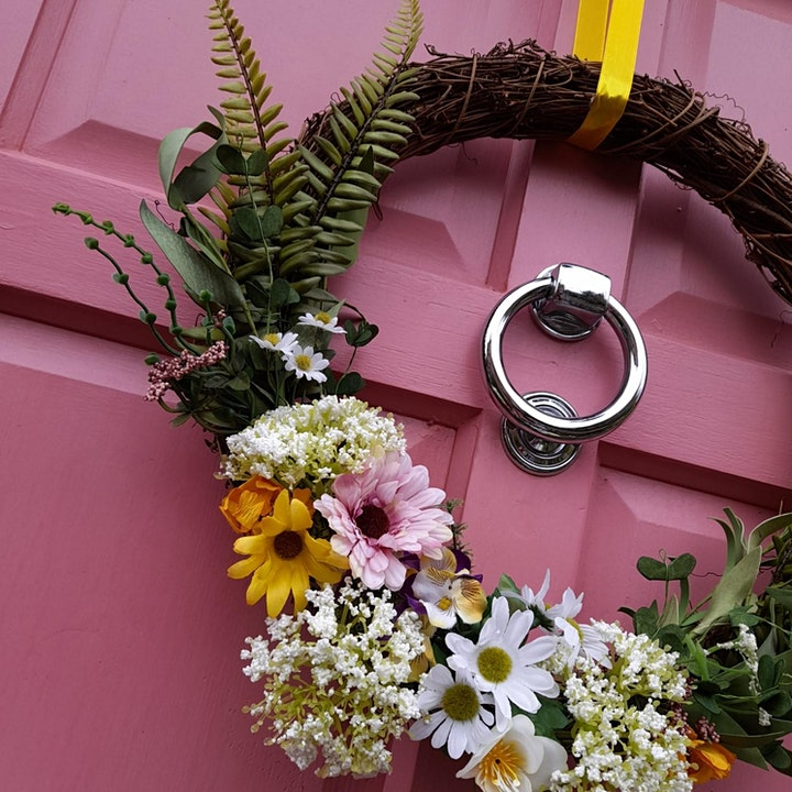 Easter Made Easy: Spring Wreath Making Craft-Along with The Crafty Lass image