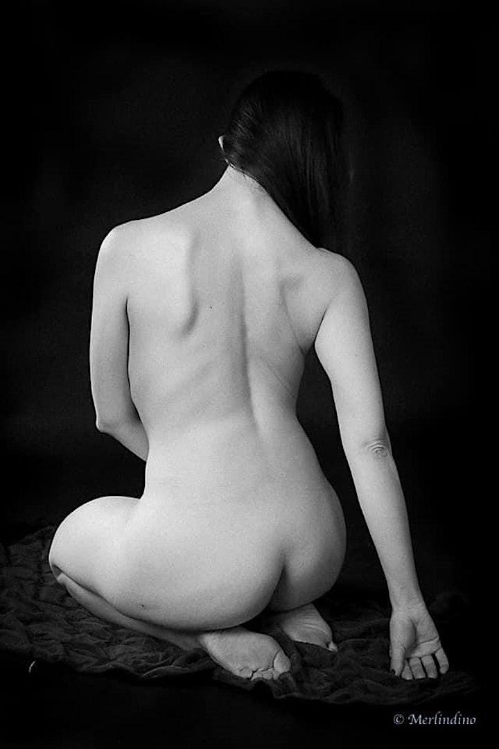TMLD Short Poses with Turris Eburnea image
