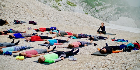 Mountaintop Yoga and Gondola Ride biglietti