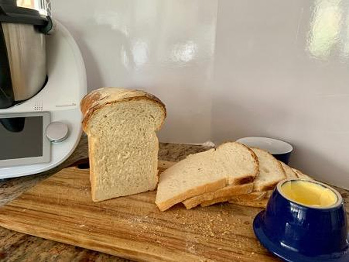 """""""Bread made Simply""""  Workshop: Dough Shaping, Rising, Baking Tips & Tricks image"""