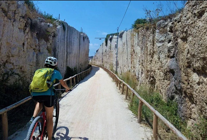 Immagine Aretusa, Plemirio e Ortigia - Escursione in Mountainbike