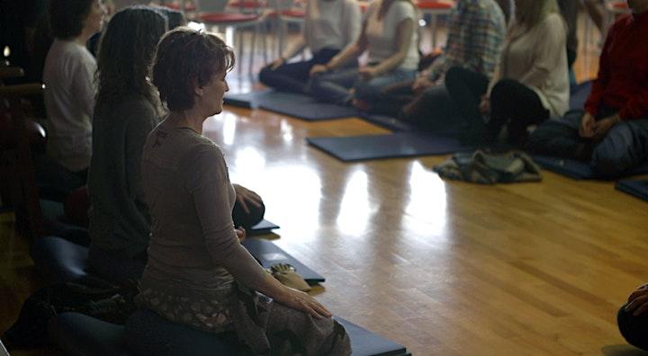 Imagen de #BrainLAB: Taller de meditación