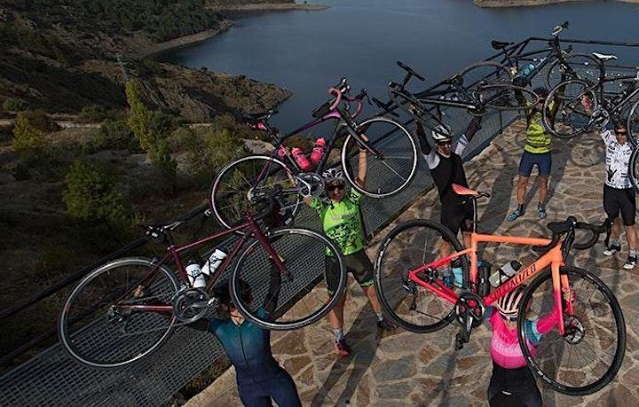 Imagen de Mujeres en bicicleta por CiclaMadrid