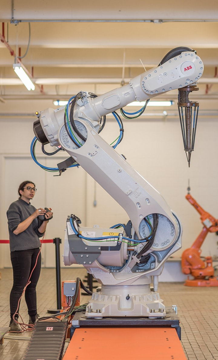 Intro to Designing with Industrial Robots: 2 sessions, 4 AIA LUs image