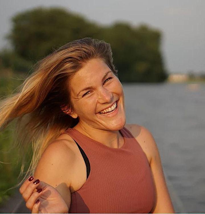 BEACH YOGA- HAMBURG del MAR & be happy YOGA Kirsten: Bild