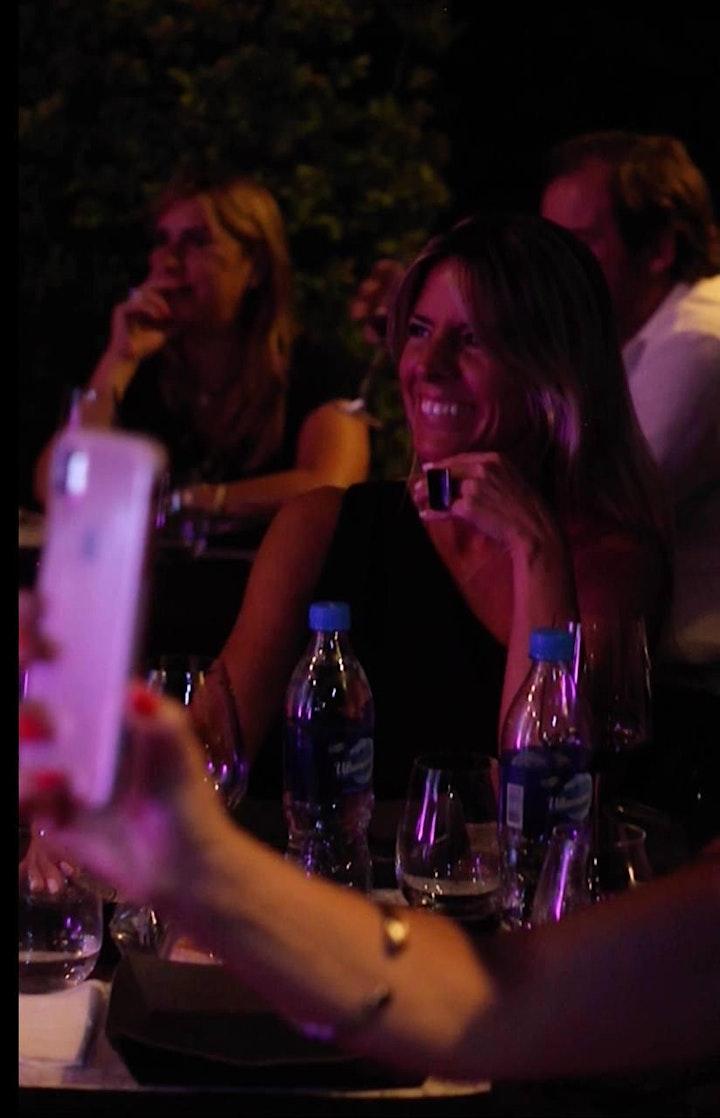 Imagen de Wine Up Comedy con Sheila González ¡6 DE MARZO!