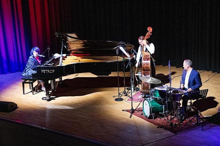 Karen Edwards Trio - neu als Open Air: Bild