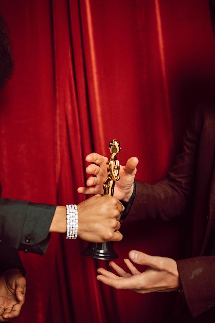 Imagen de Cinema Canta Presenta: Taller de Actuación