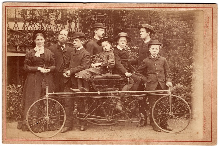 VISUALLY COMPELLING HISTORIC CYCLING PHOTOGRAPHICA image
