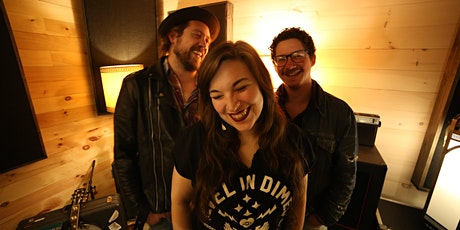 PATIO SHOW: Howl In The Valley tickets