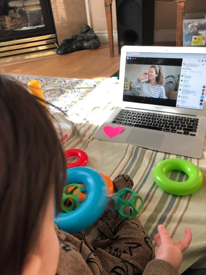 Beginner + Sing and Sign Baby Signing Virtual Class Bundle -Afternoon image