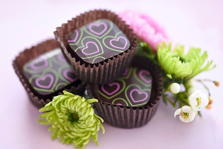 Celebrate Mother's Day with Wine and Chocolate at 7 Vines Vineyard! image