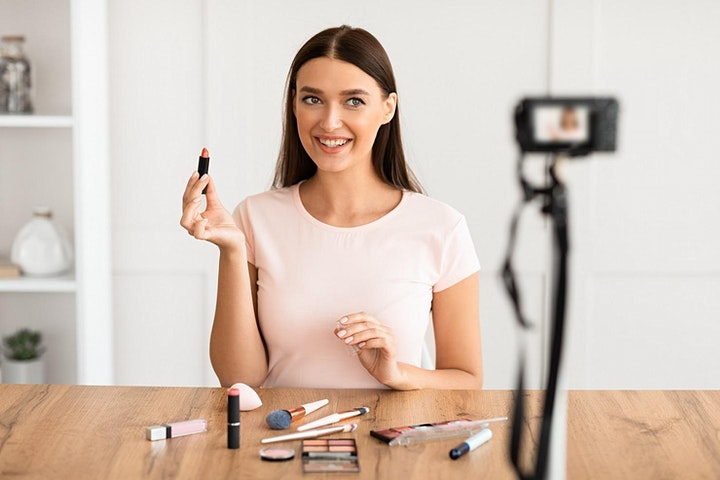 Makeup Class for Beginners With or Without Makeup Kit - Virtual Lesson image