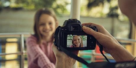 Family & Friends - Erzähle eine Geschichte mit deinen Bildern Tickets