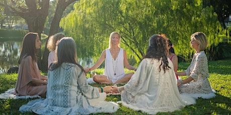 Pleine lune, cercle de méditation de femmes (en français) tickets