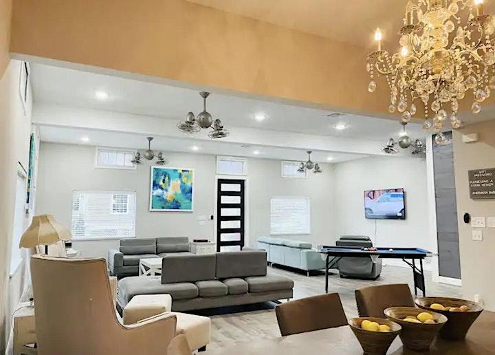 Galveston Airbnb Sip & See image