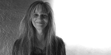 Presentazione del nuovo romanzo di Patrizia Barbuiani entradas