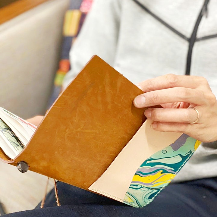 Traveler's Notebook Marbled Leather Pocket Workshop image
