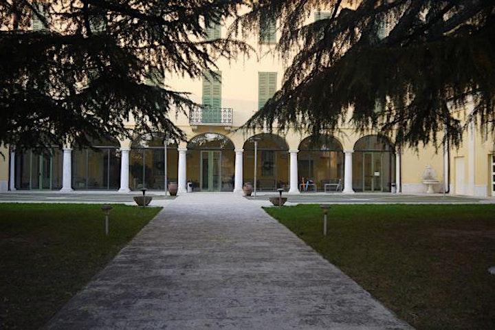 Immagine Storie di Pietre e Santi: frazione di Villa, Villa Pace e Palazzo Nava