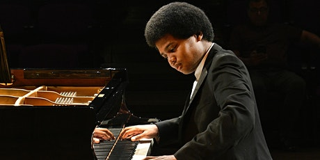 Free lunchtime concert: Adam Heron (piano) plays Bach and Schumann tickets
