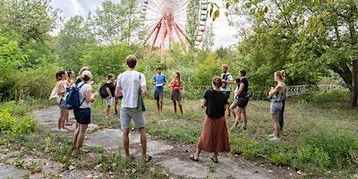 Urban Foraging + Nature Awareness Walk with Edible