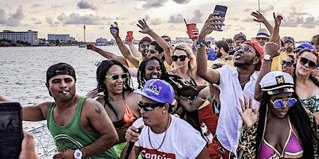 Bikinis and Bottles #UCitEnt Yacht Party boletos