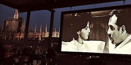 Duomo Rooftop Cinema with Aperitivo biglietti