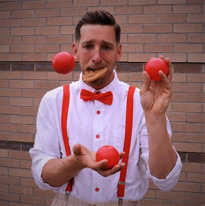 Love Crumbs: A Circus Debacle image