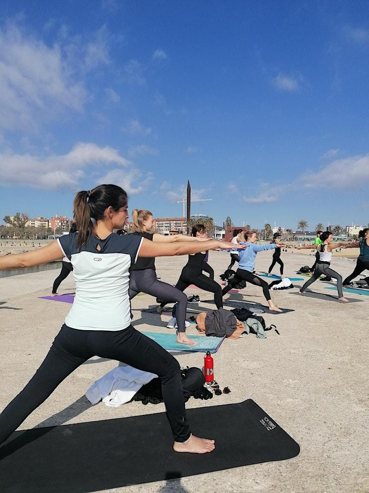 Imagen de Yoga & Brunch en Bogatell